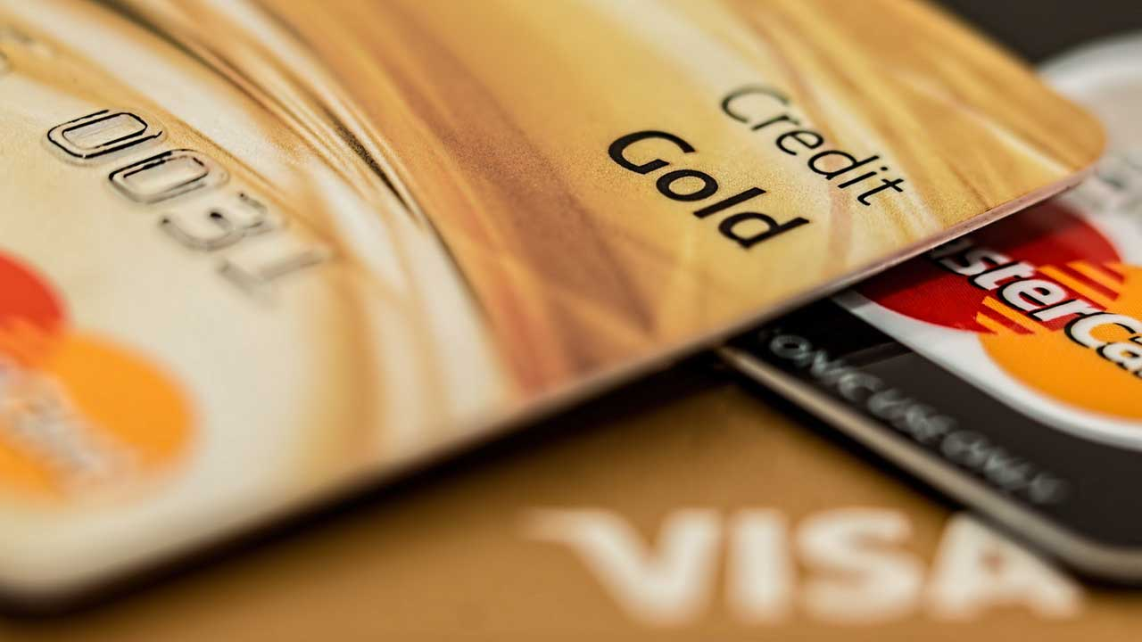 How do credit cards work?